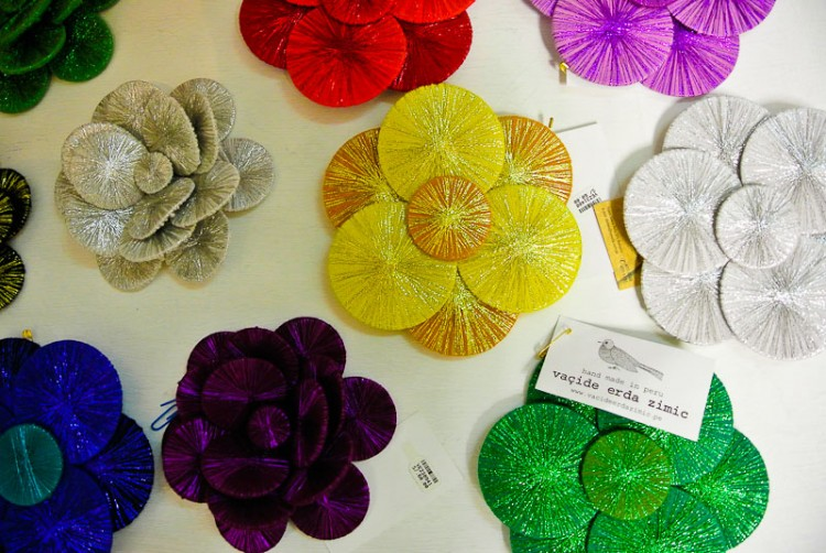 wearable flower art in Lima