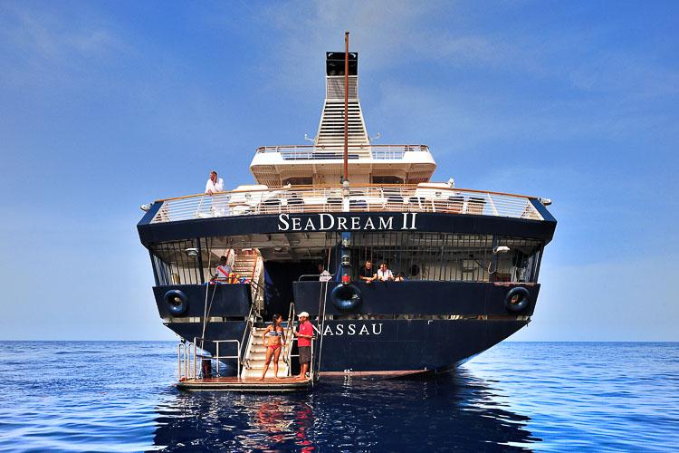Swimming in the Red Sea - Seadream II
